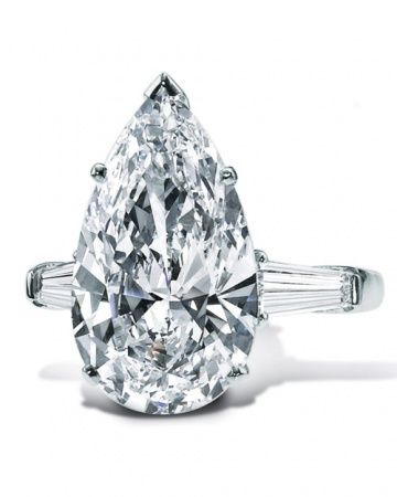 Graff Pear Shaped Diamond Engagement Ring with tapered baguette-cut diamond side stones