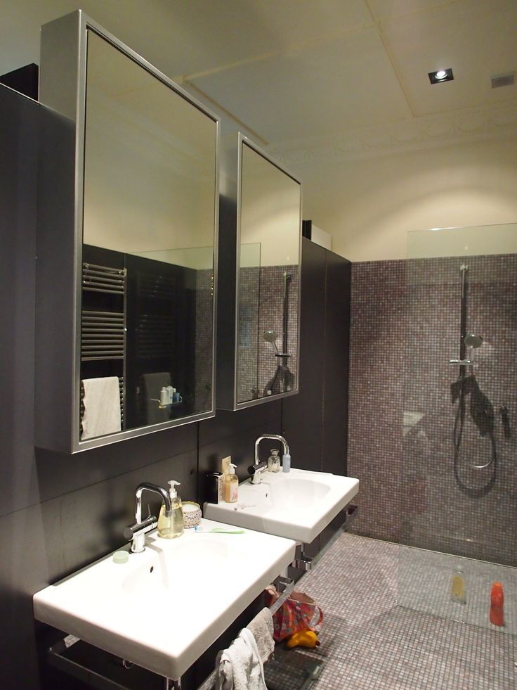 bathroom and ensuite with dividing wall open