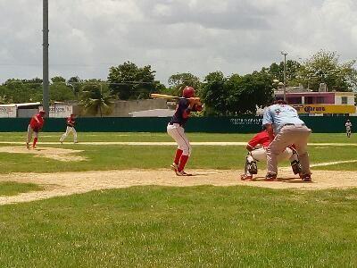 Heroica Ciudad de Champoton, Campeche 09 de Julio del 2017.- ( John Rosado/Beisbol Campechano ).- El equipo Medias Rojas derroto al actual c...