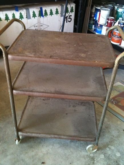Refinishing metal cart - great tips in this blog post