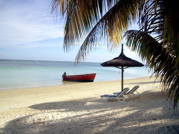 Mauritius - rajska wyspa, idealna kiedy u nas mróz za oknem. Sprawdź ciekawe miejsca i atrakcje, które można zobaczyć podczas egzotycznych wakacji.