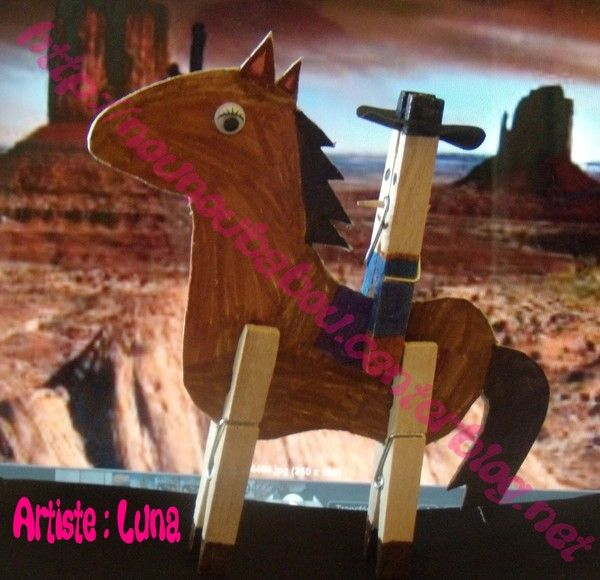 Un cowboy et son cheval : bricolage en pince à linges.   A cowboy and his horse : a kid's craft with clothe's pegs.