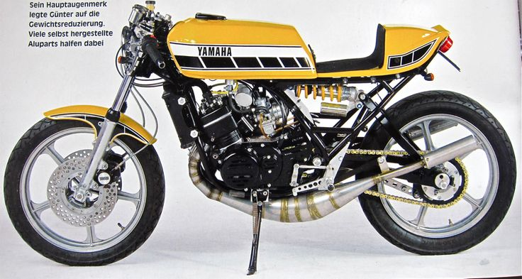 Yamaha rd 350 インターカラーには脊髄反応しちゃう。 RZにRDのタンクかな?
