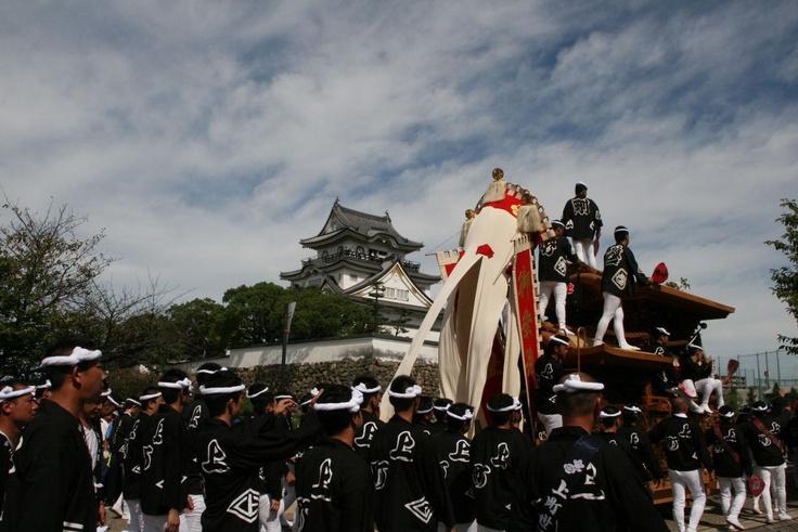 Kishiwada Danjiri Festival. Kishiwada castle and Ue-machi.