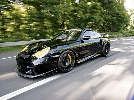Porsche Turbo- big yellows...