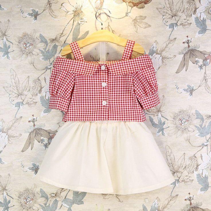 安い2ピース幼児キッズベビー女の子tシャツスカートdress夏衣装服セットオフショルダーチェック柄トップスシャツスカート誕生日スーツ、購入品質服セット、直接中国のサプライヤーから:2ピース幼児キッズベビー女の子tシャツスカートdress夏衣装服セットオフショルダーチェック柄トップスシャツスカート誕生日スーツ