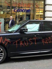Range Rover Owner Damages His Car And Leaves It Outside The Dealership