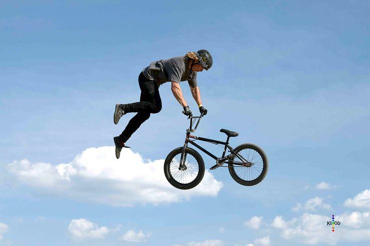 https://flic.kr/p/JF26be   Sky rider