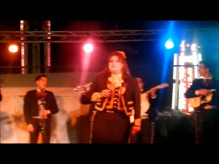 Maricela Ibarra canta Me canse de rogarle en St Peter & Paul Church