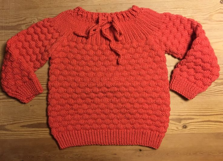 Bluse med bobler  Blouse with bubbles