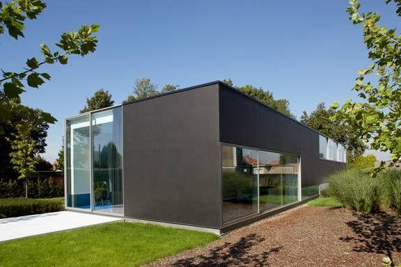 Foto stalen schrijnwerk voor een strakke moderne woning for Interieur architecten