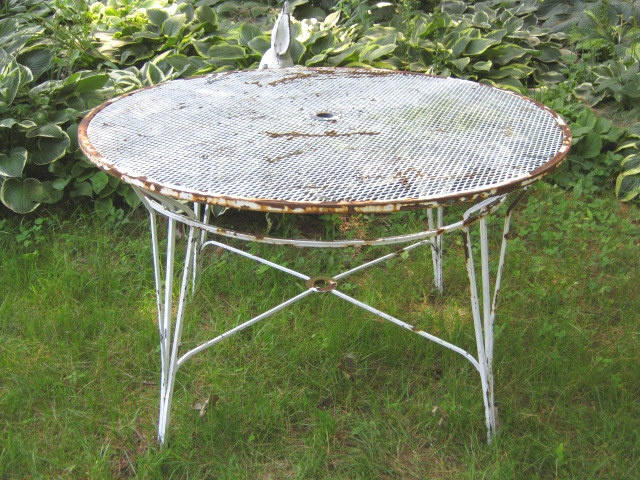 Antique Umbrella Steel Mesh Garden Patio Picnic Table Cast