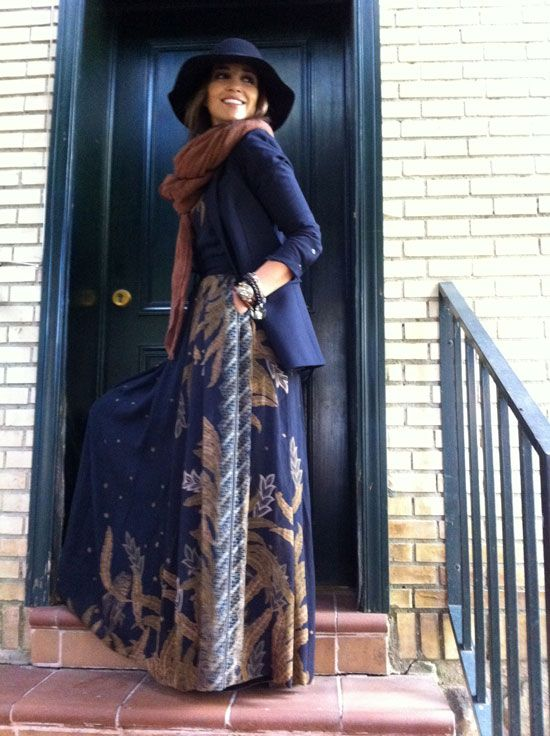 Gorgeous boho winter style. Pretty maxi paired with a navy blazer, burnt orange knit scarf & a floppy wide brim. Love!