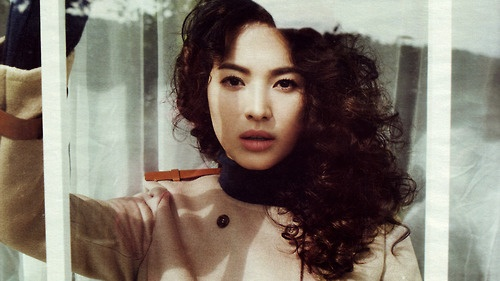 Song hye kyo 2004 full house 2008 worlds within 2013 for House music 2004