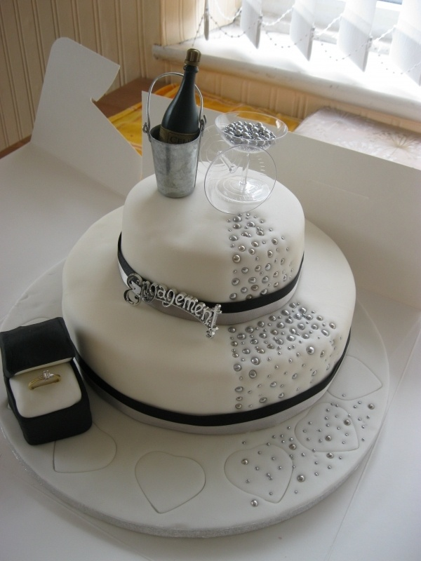 Cake Decorations For Engagement : 43 best images about Engagment Cakes on Pinterest ...