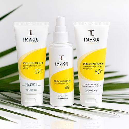 Buy Image Skincare Prevention+ broad-spectrum moisturisers online and get a FREE Image Skincare Glow on the Go gift set