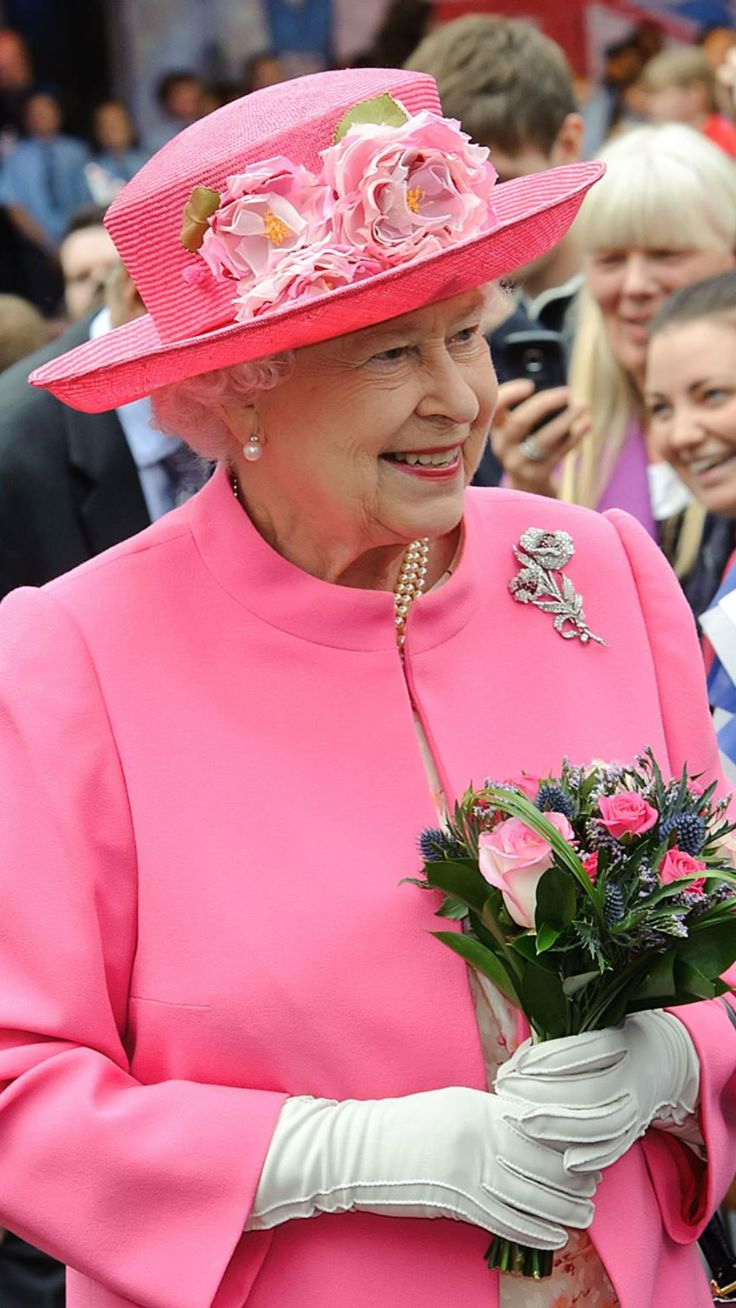 780 best Queen Elizabeth and the Royal Family images on Pinterest ...