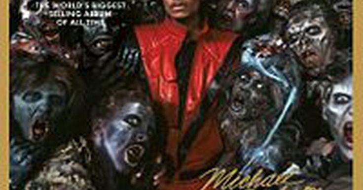 """Cómo hacer el baile de Thriller de Michael Jackson. En 1982, Michael Jackson impresionó al mundo de la música con el lanzamiento de """"Thriller"""". En el 2007 el álbum más vendido se agregó al Registro Nacional de Grabaciones de la Biblioteca del Congreso, que está diseñado para conservar la historia auditiva de la nación. El famoso video de 14 minutos para la canción que le dió el título al álbum ..."""