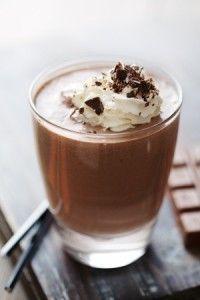 Sucré - Milk-shake au nutella. Ingrédients : 1l de lait demi-écrémé-8 c à s de Nutella-15 glaçons. Recette sur le site.