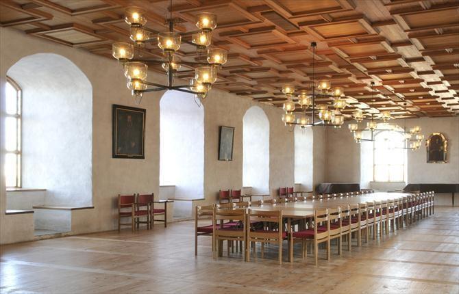 Hall of the king in old Castle of Turku- Turun linna, kuninkaansali.