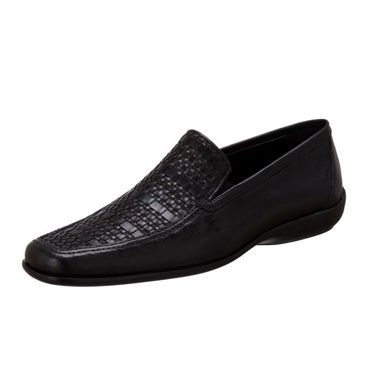 Men's black leather moccasins. Special Feature, the knitting front. http://www.bigshoes.gr/mens-shoes/moccasins/0686-01.html