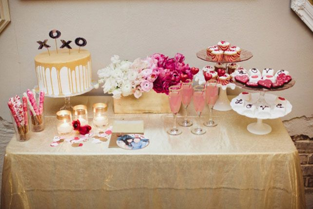 Идеальное сочетание: розовые и золотые оттенки, сладкий стол - The-wedding.ru
