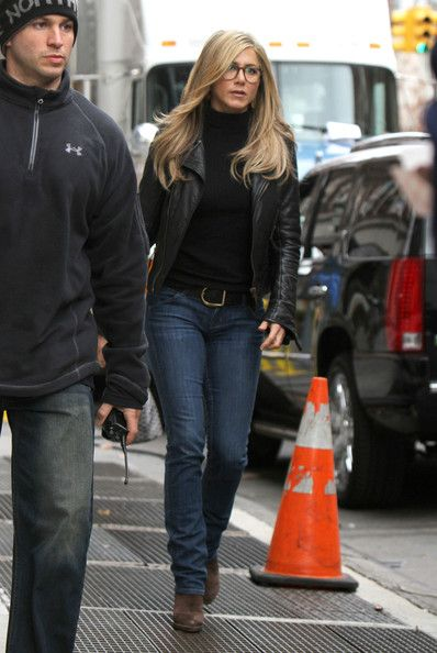 Classy Jennifer Aniston