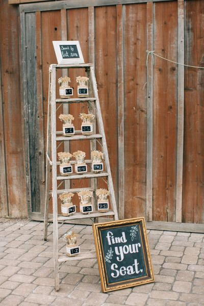 Rustic wedding decor: http://www.stylemepretty.com/little-black-book-blog/2015/03/11/rustic-wedding-at-the-grace-maralyn-estate-and-gardens/ | Photography: Jen Rodriguez - http://www.jen-rodriguez.com/