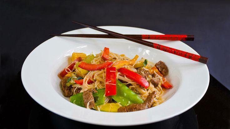Asian beef & noodle salad
