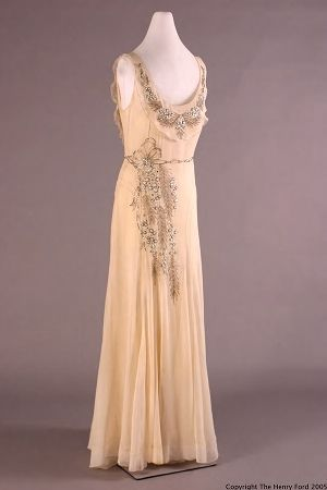 worn by Elizabeth Parke Firestone at the celebration of her tenth wedding anniversary on June 21, 1931.  Designed by Peggy Holt, NY.