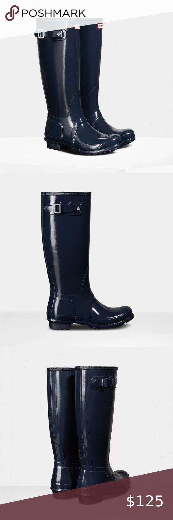 Hunter Original Tall Navy Gloss Rain Boots Sz 6 Stylish -6967