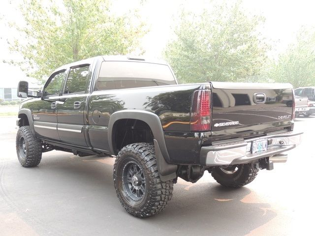 2006 Chevrolet Silverado 2500 LT3 / 4X4 / 6.6L Diesel / LBZ ENGINE / LIFTED - Photo 44 - Portland, OR 97217