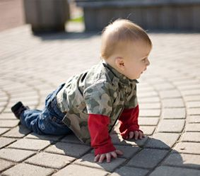 Crawling: getting about on all fours | Forbaby.co.nz