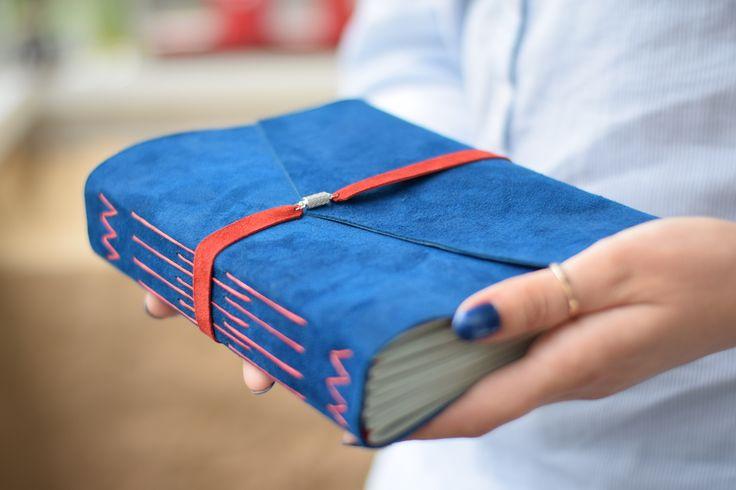 Записная книжка из велюра с магнитной застёжкой А5, цвет на выбор