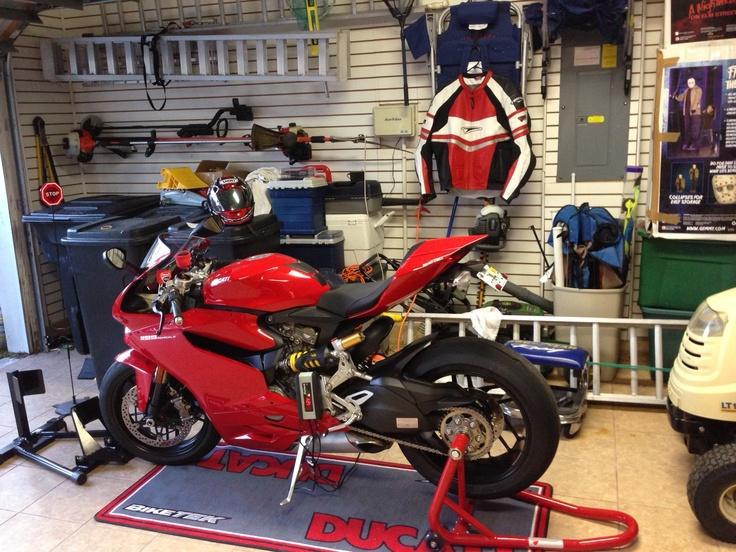 Ducati Garage