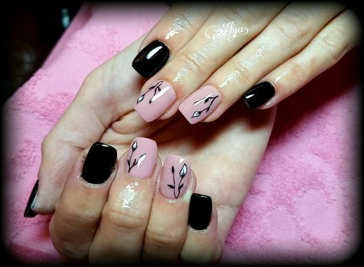 Black and nude gel nails