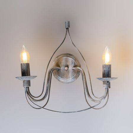 Wandlamp Zero Branco 2 antiek grijs - Schitterende grijze wandlamp in een antieke uitstraling. De 2 armen en kaarsvormige lichtbronnen zorgen voor een erg mooi effect.