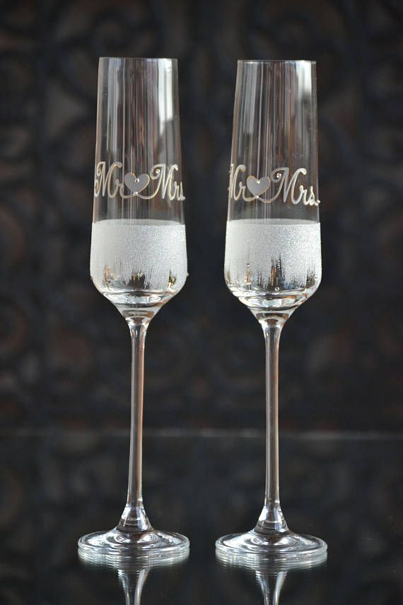 Check out this item in my Etsy shop https://www.etsy.com/uk/listing/537968800/wedding-champagne-glasses-hand-painted