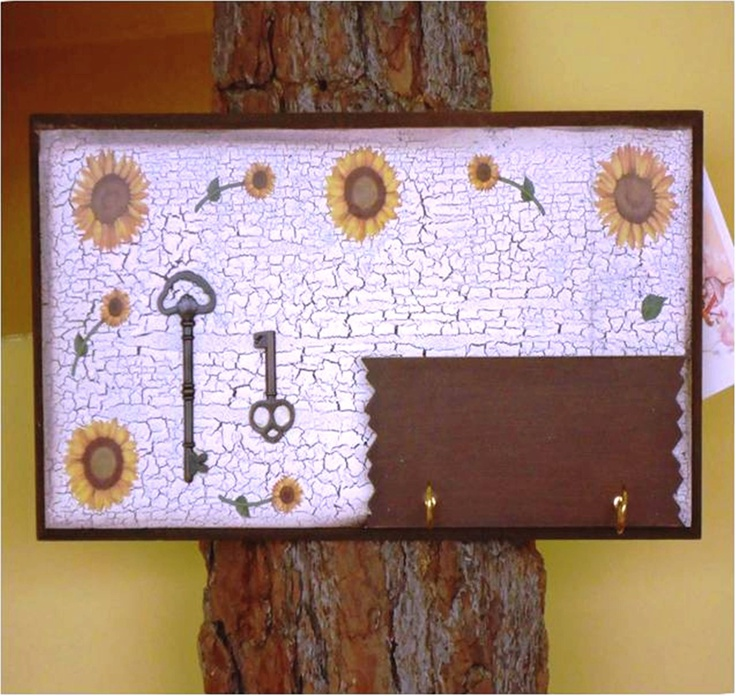 12 best contry style images on pinterest rustic style apothecaries and appliques - Porta llaves pared ...