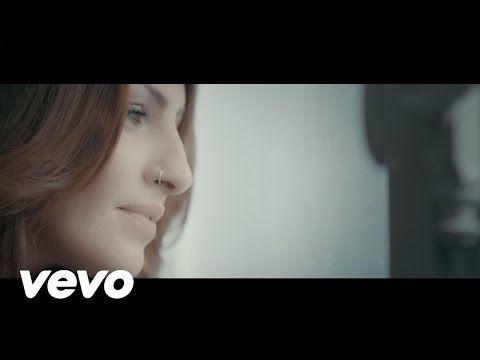 Helena Paparizou - Otan Aggeli Klene (Angel) - YouTube