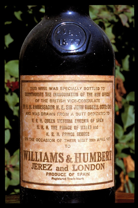 Williams & Humbert (Jerez, Cádiz), una bodega con solera / Williams & Humbert (Jerez, Cádiz), a cellar with character