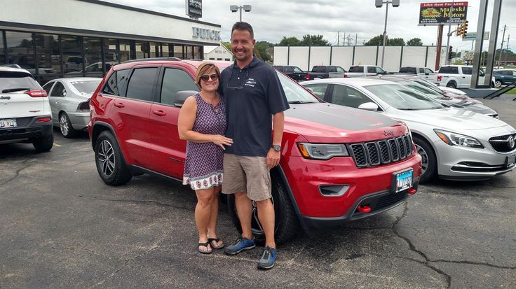 KELLY's new 2017 Jeep Grand Cherokee! Congratulations and best wishes from Kunes Country Auto Group of Sterling and Scott Bice.