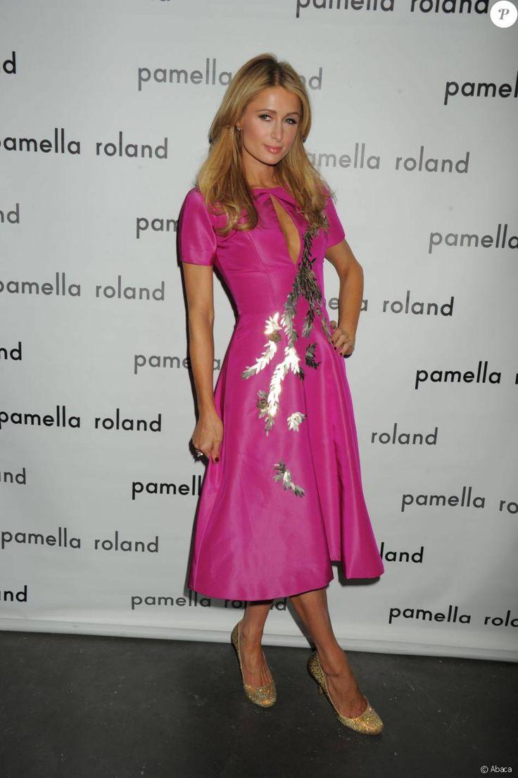 Paris Hilton-Défilé Pamella Roland (collection automne-hiver 2016-2017) aux studios Chelsea Pier 59. New York, le 12 février 2016.