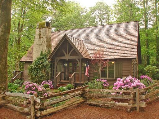 Cabins   Mountainworks Custom Home Design in Cashiers  NC. 25  best ideas about Custom home designs on Pinterest   Custom