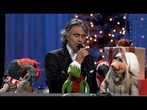 Andrea Bocelli & David Foster - Jingle Bells (featuring The Muppets) - YouTube