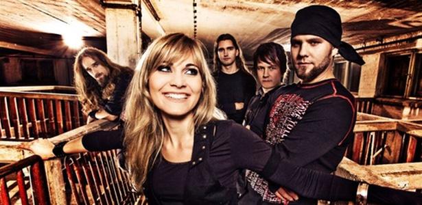 MelodiaNotal-rocker: HB una banda de metal sinfonico