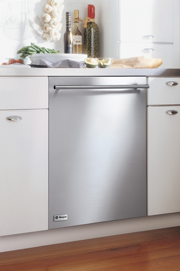 Stainless dishwasher = Spotless dishes