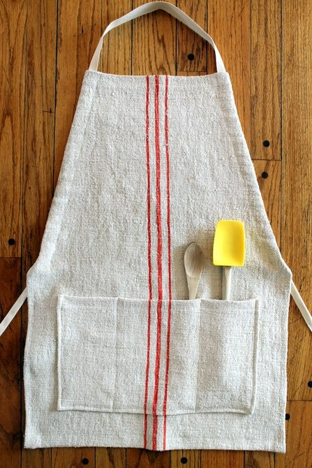 Vintage Grain Sack Apron Adjustable Red by SuttonPlaceDesigns
