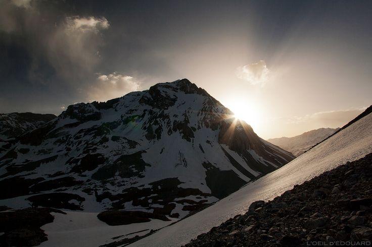 photographie de ciel montagne hiver neige lever du soleil matin