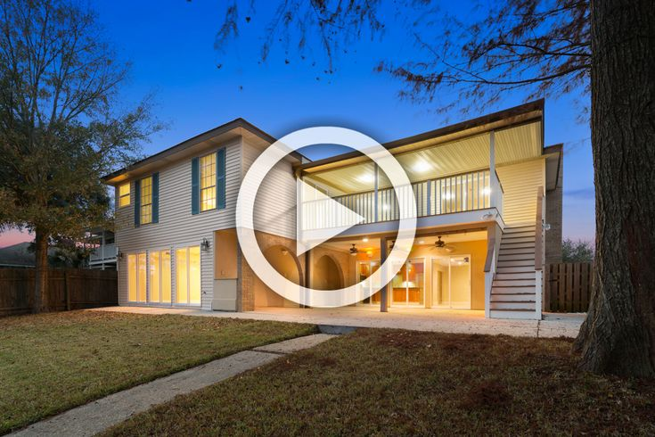 3D Virtual Tour of a waterfront home listed in Slidell, Louisiana.